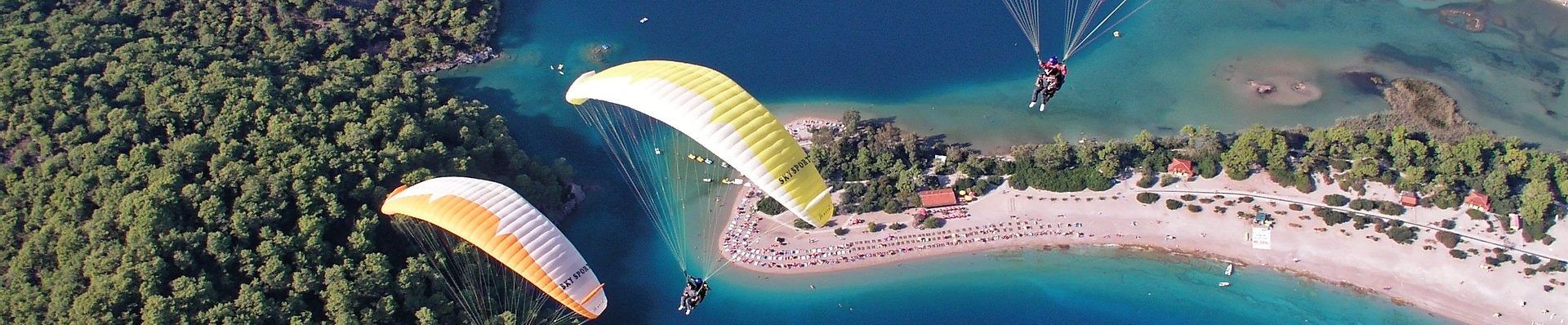 paragliding-1220000_1920